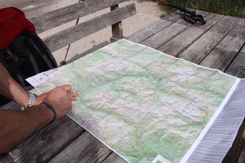 Organizziamoci con la cartina alla mano, facciamo un brief per comprendere il tragitto da compiere per arrivare al Lagusel