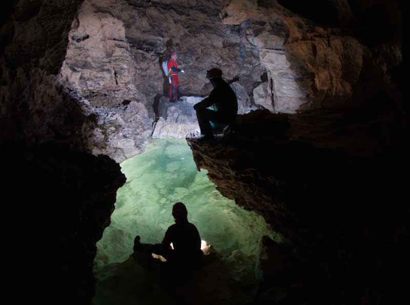 nella-grotta-di-calgeron-in-valsugana