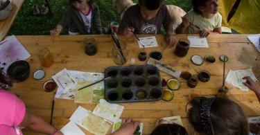 pitture acquerello per i bambini, laboratori divertenti