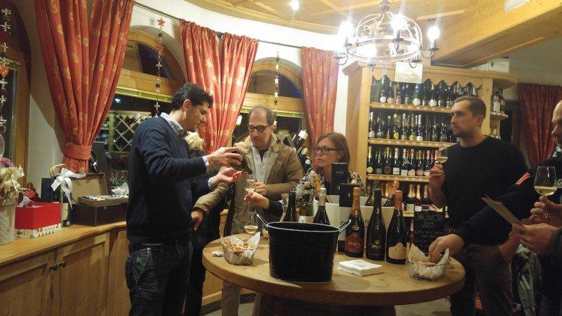 degustazione spumante Trentino Pisoni enoteca Malanotti